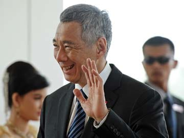 Singapore Prime Minister Lee Hsien Loong Demands Apology from Blogger