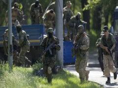 Ukraine Launches Air Strikes at Eastern Gunmen