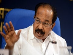 Congress' Veerappa Moily Defends EVMs As Party Takes Opposite Stand