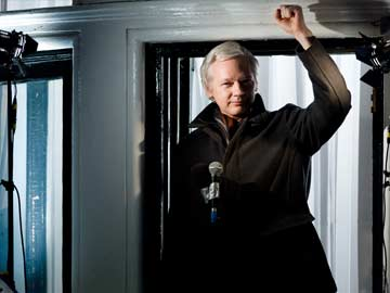WikiLeaks Founder Julian Assange Loses Bid for Scrapping of Arrest Warrant