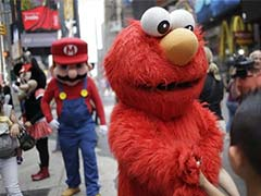 Times Square Characters Should be Licensed: New York Mayor