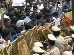 Clashes Outside Bangalore School Where Six-Year-Old Was Allegedly Raped