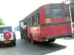 Government Buses Few in Kolkata; Taxi Refusals Rampant: Transport Minister