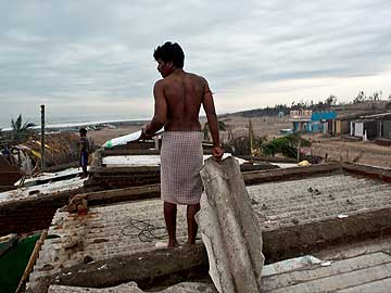Texas Students Impart Training to Six Phailin-Hit Villages