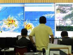 Deadly Typhoon Rammasun Shuts Down Philippine Capital