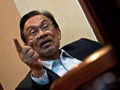 Malaysia's Anwar Ibrahim Dismisses Offers of Exile Abroad