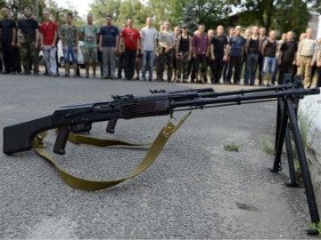 Rebels Shoot Down Ukrainian Fighter Jet : Kiev