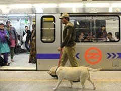 Delhi Metro:  CISF Jawan Returns Bag With Rs 2 Lakh Worth of Goods to Owner