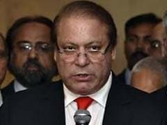 Pakistan PM Nawaz Sharif Distances Himself from Army as Crisis Drags On