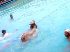 Errr There's a Bull in This Swimming Pool in Madhya Pradesh
