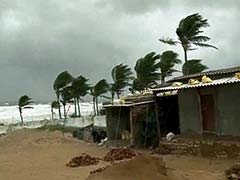 Cyclone Hudhud Has Little Impact in West Bengal