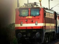 Bhubaneswar-New Delhi Rajdhani Engine Wheels Jump Track