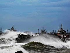 Cyclone Hudhud Kills 4, Visakhapatnam is Pounded: 10 Developments