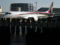 Japan Unveils First Passenger Jet in Four Decades