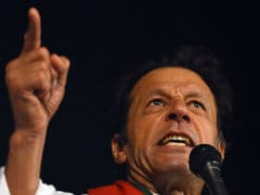 Pakistan Court Issues Arrest Warrant for Imran Khan Over Protest Clashes