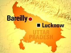 35 Injured as Bus Falls From Bridge in Bareilly