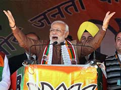 PM Modi Promises Kashmiris He Will Fulfil Vajpayee's 'Dream'