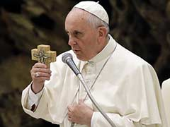 Pope to Bring Message of Hope to Typhoon-Hit Philippines