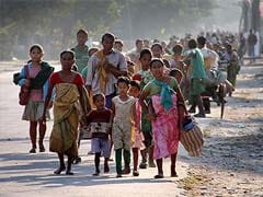 Mamata Banerjee Assures Help to People Crossing Over From Violence-Hit Assam