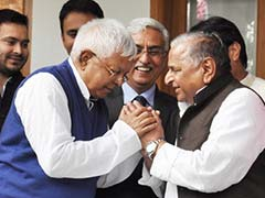 Lalu Prasad to Announce Seat Sharing for Samajwadi Party in Bihar Polls Today