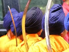 Sikhs Explain Meaning of Turban to US Lawmakers