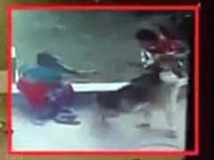10-Year-Old Rescues Toddler Sister From Dog Attack in Ahmedabad
