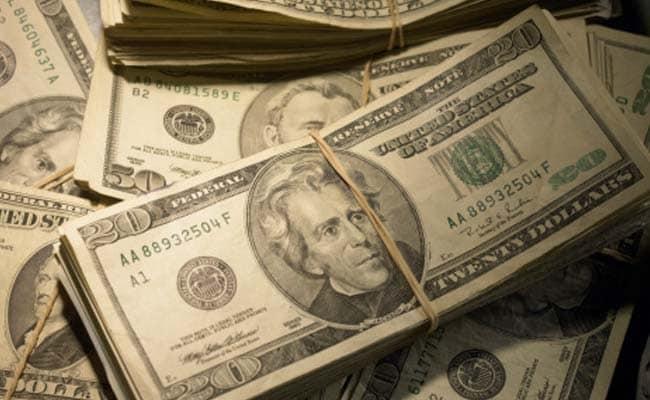 Dollar Gains, Stock Futures Drop After US Jobs Data