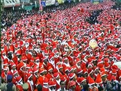 18,112 Santa Clauses Set Guinness Record in Kerala
