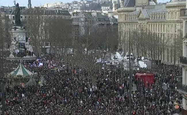 Tens of Thousands Gather for Paris March
