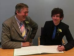 British Actor Stephen Fry Marries Boyfriend