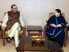 Finance Minister Arun Jaitley Meets Former Tamil Nadu Chief Minister in Chennai