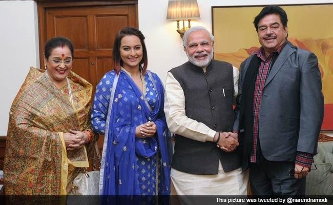 Shatrughan Sinha, Sri Sri Ravi Shankar Meet PM Narendra Modi