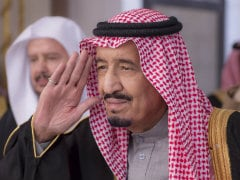 Tradition Meets Twitter as Saudis Pledge to New King