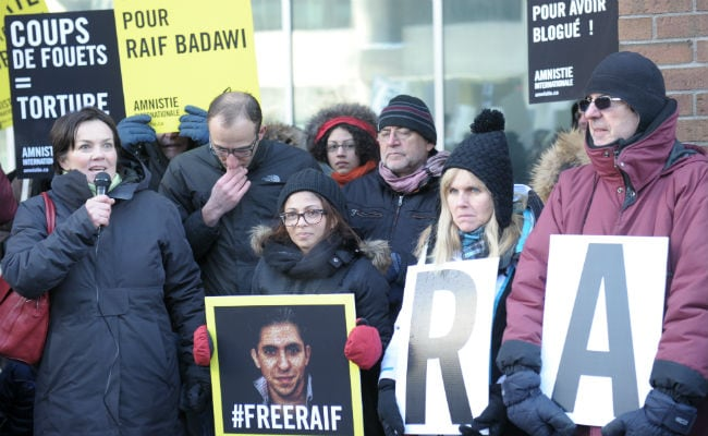 Wife of Lashed Saudi Blogger Calls for His Release