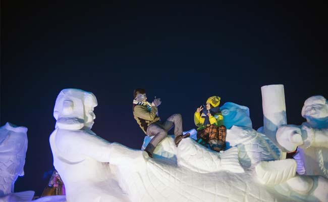 China Ice Festival Launches Without a Bang