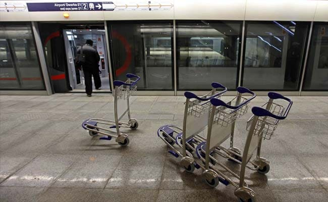 Work to Install Screen Gates at 6 Delhi Metro Stations to Start Soon