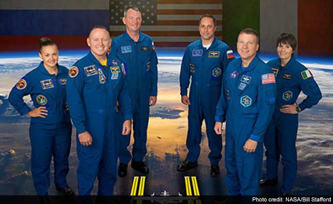 International Space Station Astronauts Celebrate New Year's Eve 16 Times