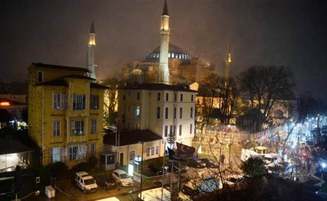 Female Suicide Bomber Killed in Istanbul Attack: Official