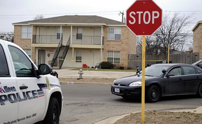 Texas Soldier's Death Investigated; Ebola Tests Negative