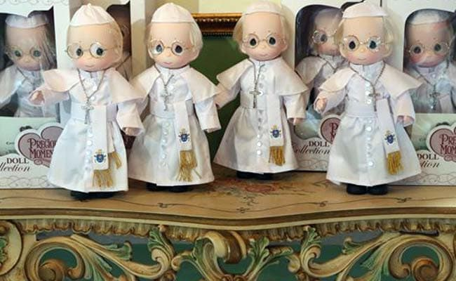 Pope Mania Sweeps Philippines Ahead of Pope Francis' Visit