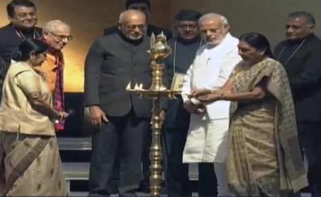 PM Modi Inaugurates Pravasi Bharatiya Divas in Gandhinagar