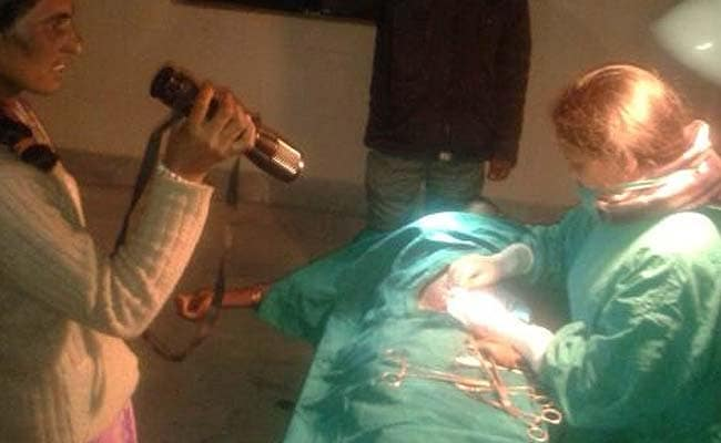 In Jharkhand, Sterilisation Operation Done Under Torchlight