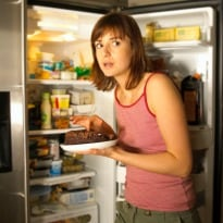 3 ways to control food cravings