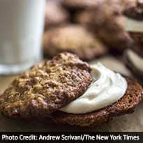 Oatmeal Sandwich Cookies: If You Give a Cookie Some Stuffing