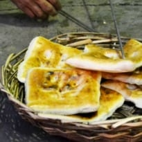 Blog: The 160 Year Old Square Naan Of Hyderabad