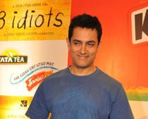 I have kept my Rancho costume: Aamir
