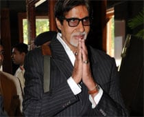 Big B goes 'shava shava' on 'Indian Idol 5' finale