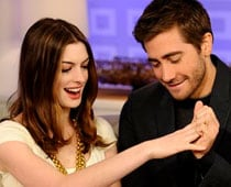 Anne Hathaway and Jake Gyllenhaal go nude for magazine cover