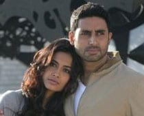 Sarah Was Nervous Doing Intimate Scenes With Abhishek