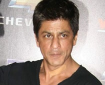 Shah Rukh Khan Denies Lip Lock Rumours